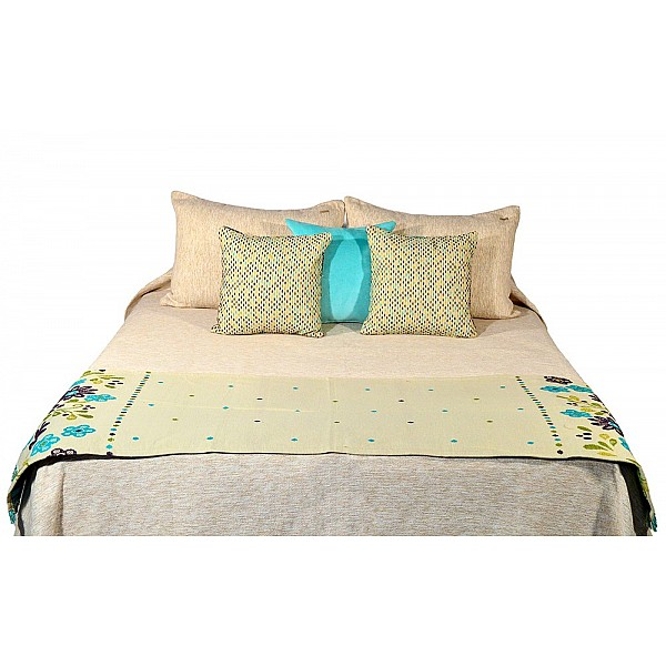 Bed Runner - Nona Flores